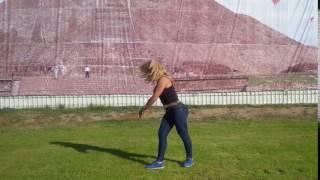Olga González haciendo Rueda de Carro en Sky Balloons Teotihuacán