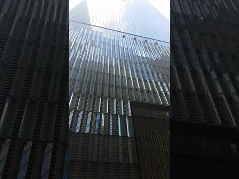 HD Spectacular View of Freedom Tower (One World Trade Center)