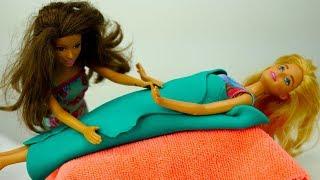 Барби мультфильмы: кукла Барби в Салоне у Терезы. Барби игры