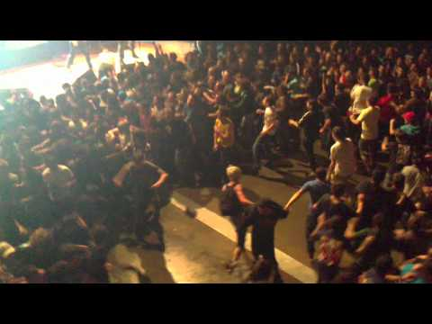 Pennywise-Greed Live Circle Pit @Bikini Toulouse mp3