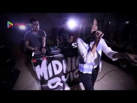 Midnight Quickie - Cerita Diantara Kita - Klikklip