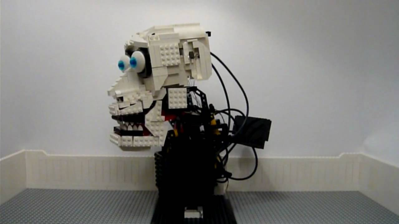 lego technic pneumatic head sings hommage to martin. Black Bedroom Furniture Sets. Home Design Ideas