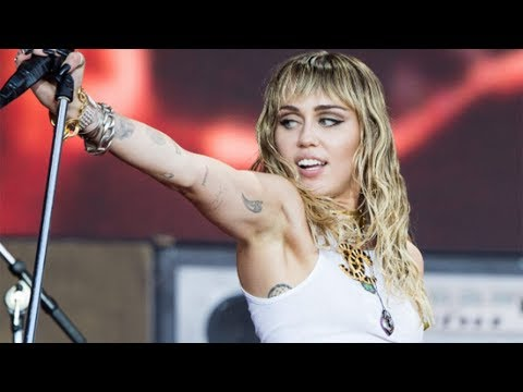 miley-cyrus-launches-instagram-talk-show-to-provide-light-content-amid-coronavirus'-'dark-times'
