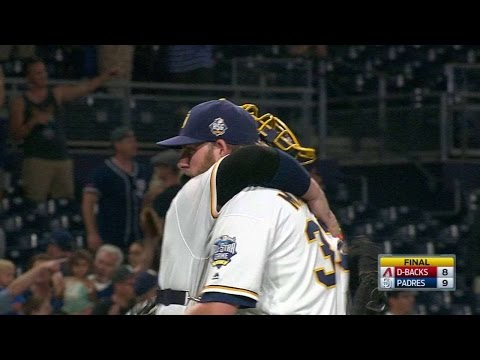 ARI@SD: Maurer notches the save as Padres win, 9-8