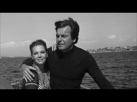 Natalie Wood's Daughters Stand by Robert Wagner During Investigation