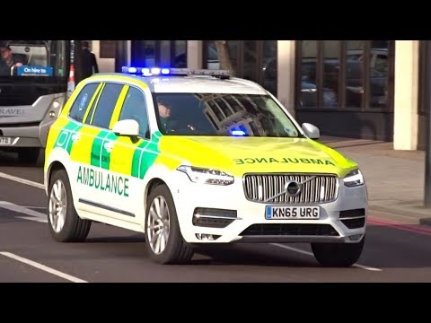 Ambulance Retrieval Team responding with lights and sirens in LONDON