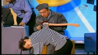 """К.Аванесян в спектакле """"Отделение милиции"""" (Кр.зеркало №53)"""