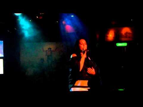 competencia de karaoke laura vogt