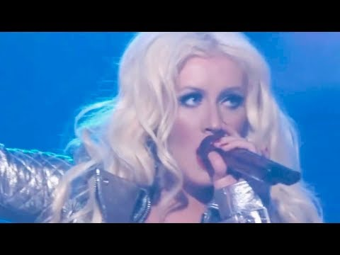 Christina Aguilera - We Are The Champions (Live The Voice)