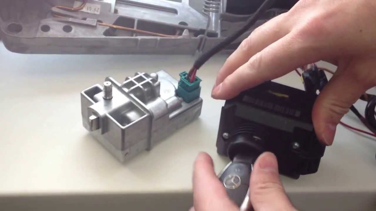 w204 ezs elv steereng lock no ignition no start [ 1280 x 720 Pixel ]