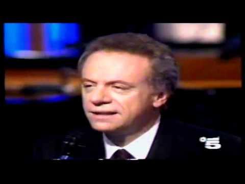 Johnny dorelli clementina youtube - Canzone aggiungi un posto a tavola di johnny dorelli ...