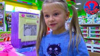ВЛОГ Развлекательный Центр для детей Прыгаем на Батутах, Шопинг по магазинам с Ярославой