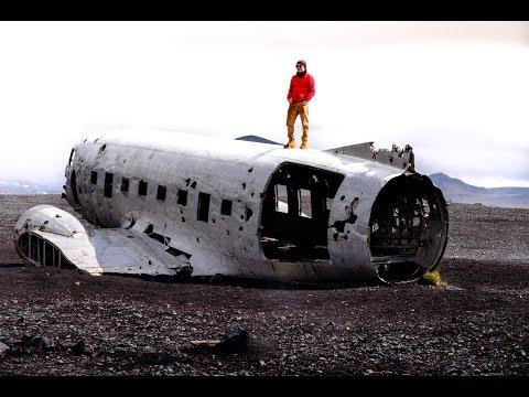 Iceland Day 2 Skogafoss,Sólheimasandur Plane Wreck, Vik Black Sand Beach and Northern Lights