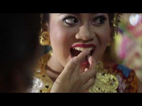balinese tradition Potong Gigi/Mapandes (tooth filing)