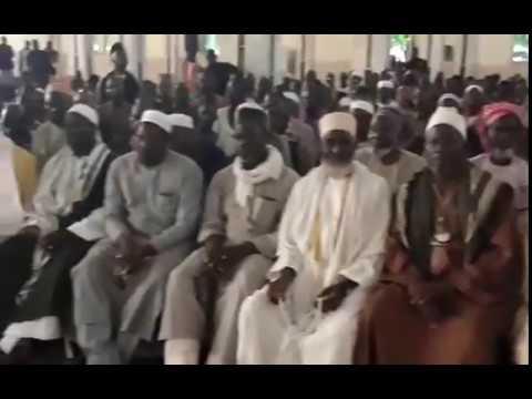 Les leaders religieux se réunissent à la grande mosquée de Bamako pour muséler les activites des