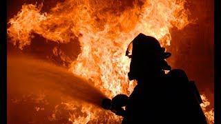 Пожар на строительном рынке «Синдика» 08.10.2017 ║ Ужасные кадры пожара