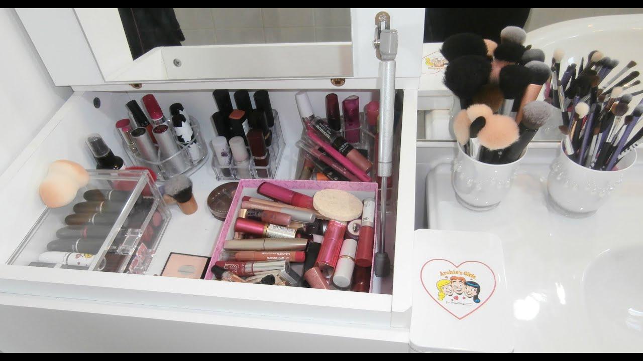 Rangement produits de beaut et make up youtube for Produit de salle de bain