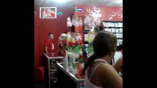 sabrina en sex shop.MPG