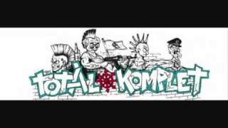 Total Komplet - Funeral March - Clinical Death