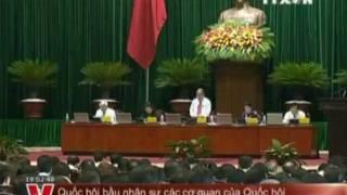 Ông Nguyễn Sinh Hùng phát biểu trong Quốc Hội