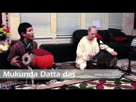 Bhajan - Mukunda Datta das - Bhaja Hu Re Mana @ Singhania's House - 5/6