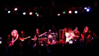 "Amber Riley & Tori Kelly ""Sleigh Ride"" @ The Roxy"