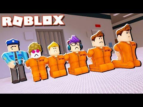 Roblox Adventures - DON'T GET ARRESTED IN ROBLOX! (SWAT vs Criminals)