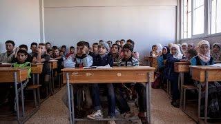 تحت احتلال داعش.. أهالي دير الزور يلجؤون الى مدارس سرية