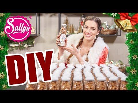 Geschenkidee DIY in der Weihnachtsbäckerei // gebrannte Mandeln selber machen