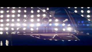 Jamie Cullum - Don't Stop The Music (Rihanna) Official Video