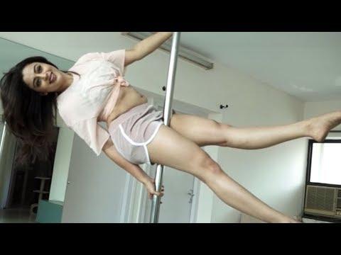 Neha Pendse Hot Pole Dance 2018 | Tv Actresses Hot Pole Dance | Newsonpedia thumbnail