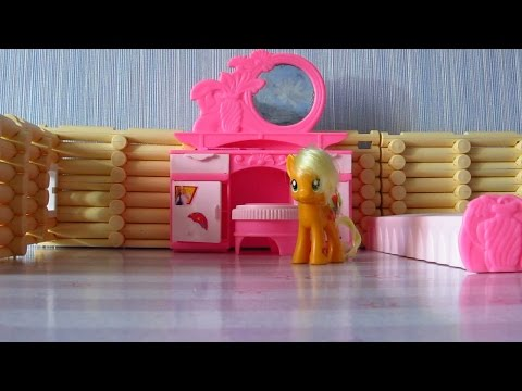 MLP Пони распаковывают киндер сюрпризы в доме Pony Kinder Surprise unpack in the house