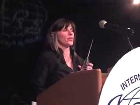 Emina Wins the 2010 ISHRS Distinguished Assistant Award