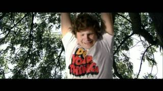 Смотреть клип Basement Jaxx - Do Your Thing