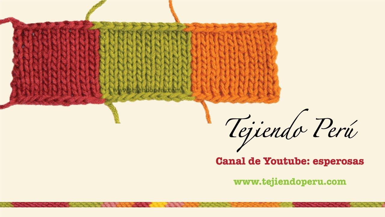 Dos agujas tejiendo con varios colores de lana a la vez - Mantas de punto a dos agujas ...