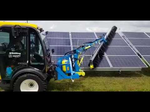 Solar Panel Cleaning Machine - Multihog