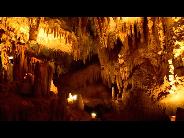 La grotte de Villars: la préhistoire en famille