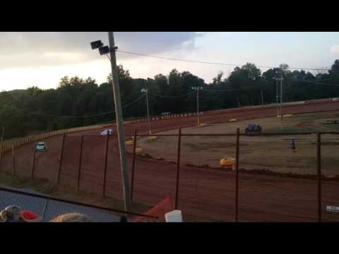 Ponderosa Speedway 7-23-16 Pro late models hot laps