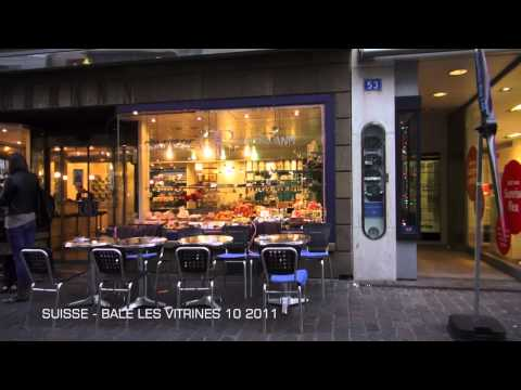 SUISSE - BALE - VITRINES DU CENTRE VILLE 10 2011