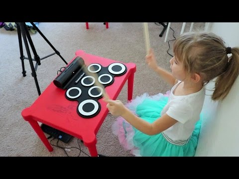 Kids Drum Set Besmall Electronic Drum set Review/Demo (FUNNY) Macaroni and Cheese song