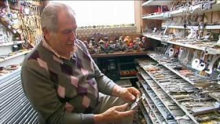 30068 Leven in een verzameling - Uden, Veghel 2010 - lokale omroep Skyline TV