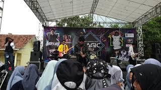 DEGA - Menjemputmu | Live at SMAN 1 Cikarang Timur