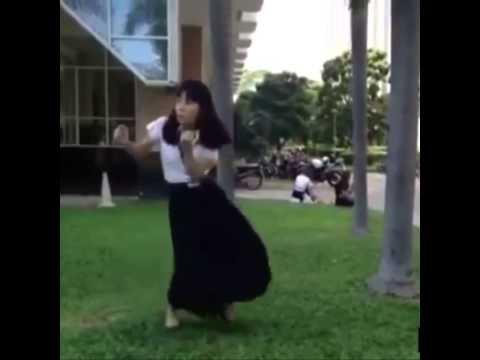 Geladen youtube baile adolescente caliente