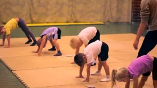 """Веселая детская тренировка по акробатики """"ACRO"""""""