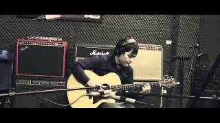 Tommy Emmanuel | Close To You | Vũ NuVoltage | Acoustic Recording Session