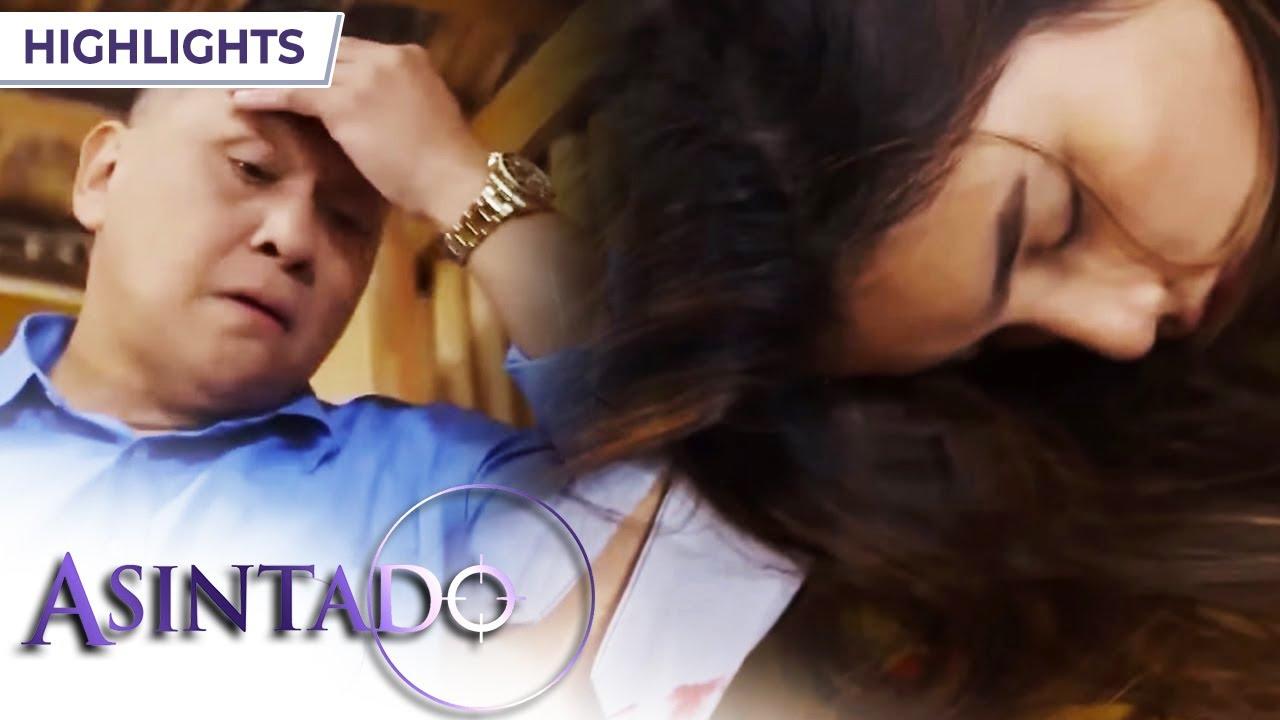 Download Salvador puts Rowena down | Asintado