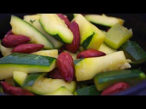 cocotte-micro-minute-tupperware-recette-courgettes-aux-amandes