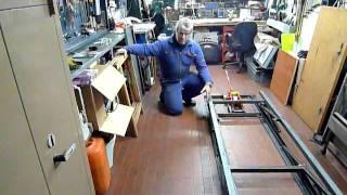 Repeat youtube video Ponte sollevatore per moto di grossa cilindrata - lavoro in corso