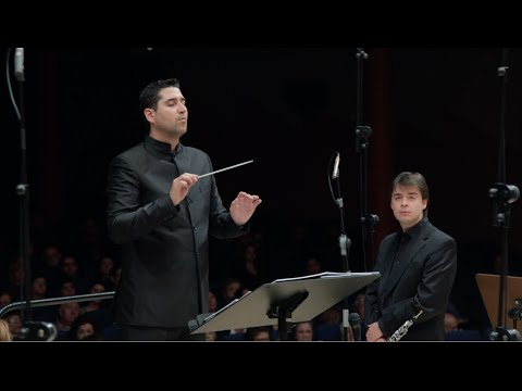 """LEGACY"" concerto for Oboe and WIND BAND-Oscar Navarro"