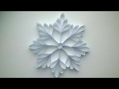 how-to-make-a-paper-snowflake---diy-crafts-tutorial---guidecentral